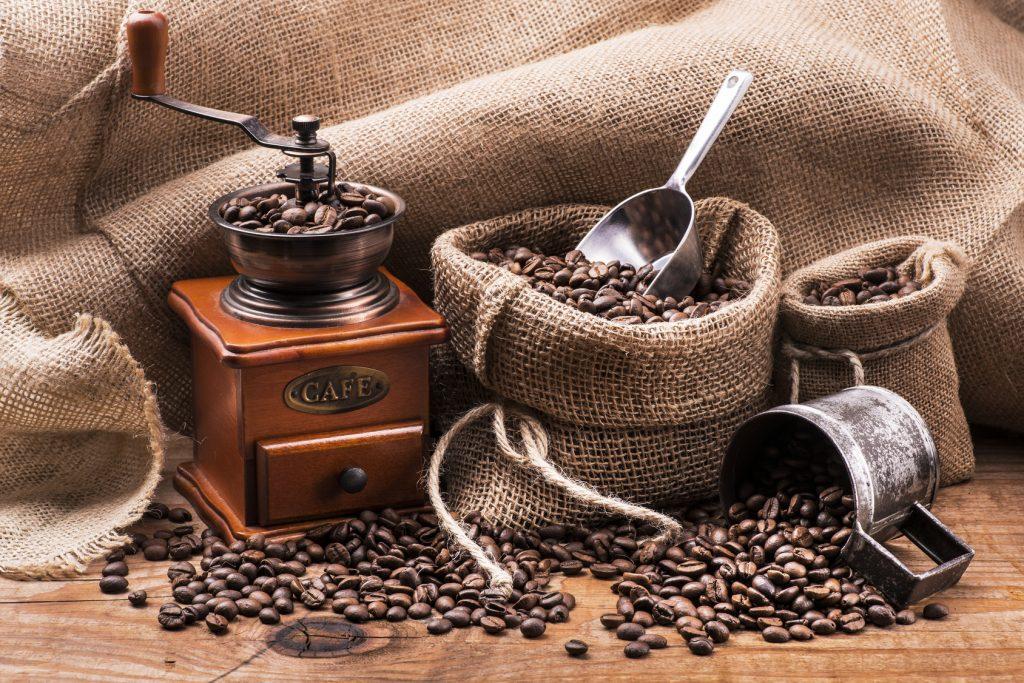 kawa: jej zalety i sposoby parzenia
