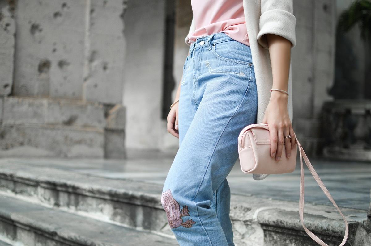 z czym nosić boyfriend jeans