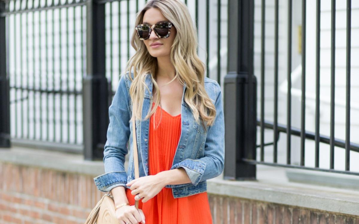 jakie buty do pomarańczowej sukienki