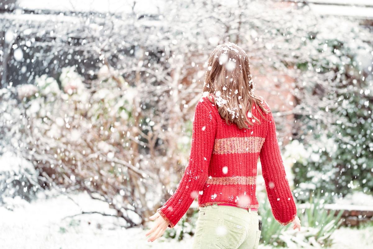 Czerwony sweter: najmodniejszy wybór tej jesieni!
