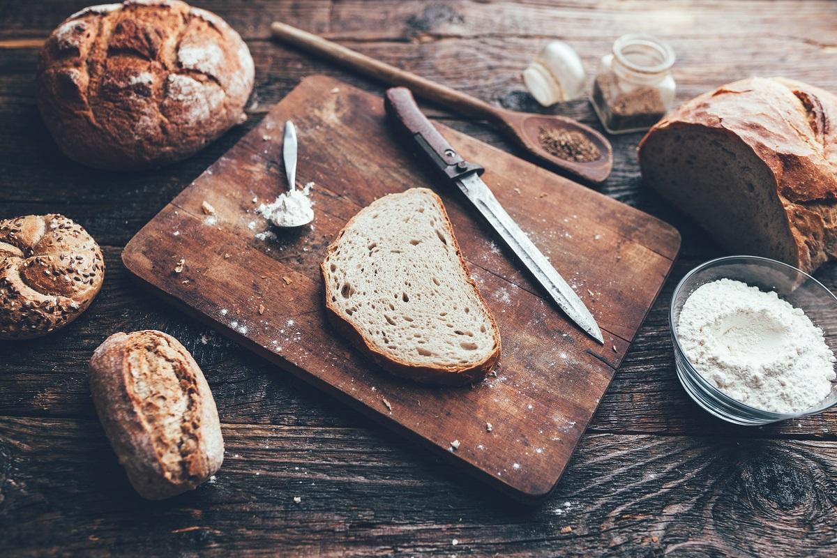 Chleb na zakwasie: właściwości prozdrowotne i PRZEPIS