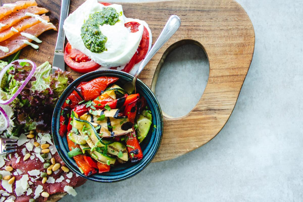 Dieta ketogeniczna: zasady, dla kogo i jadłospis