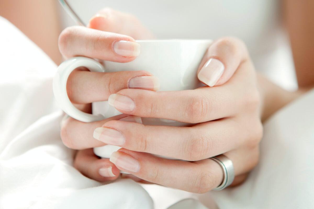 Jak wzmocnić paznokcie? Mamy niezawodne sposoby!