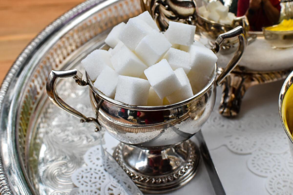 Jak pokonać uzależnienie od cukru i słodyczy?