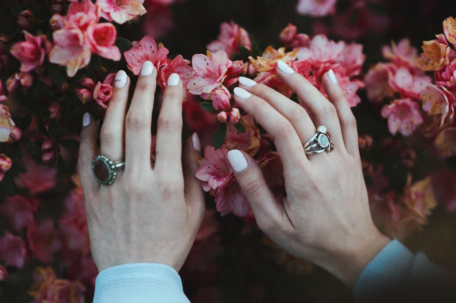 Skuteczne sposoby na rozdwajające się paznokcie