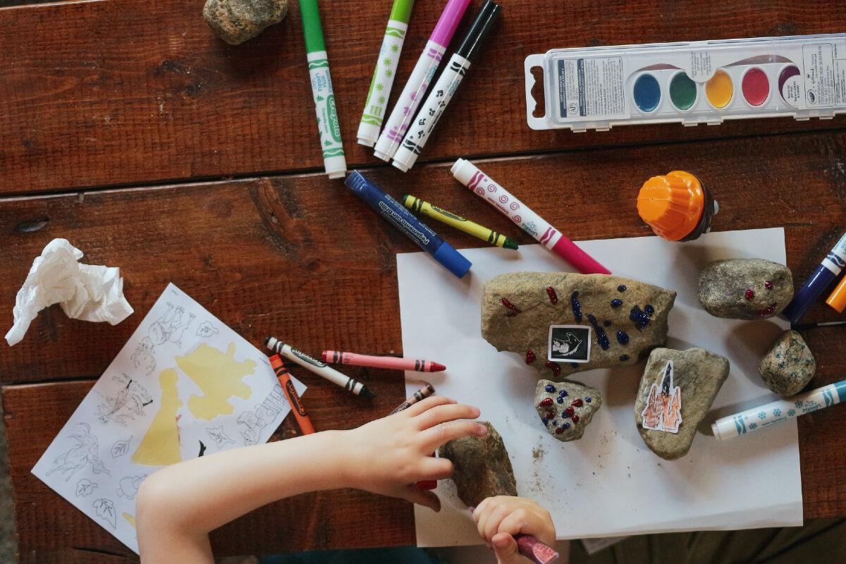 Co robić z dzieckiem w domu? Nasze pomysły!
