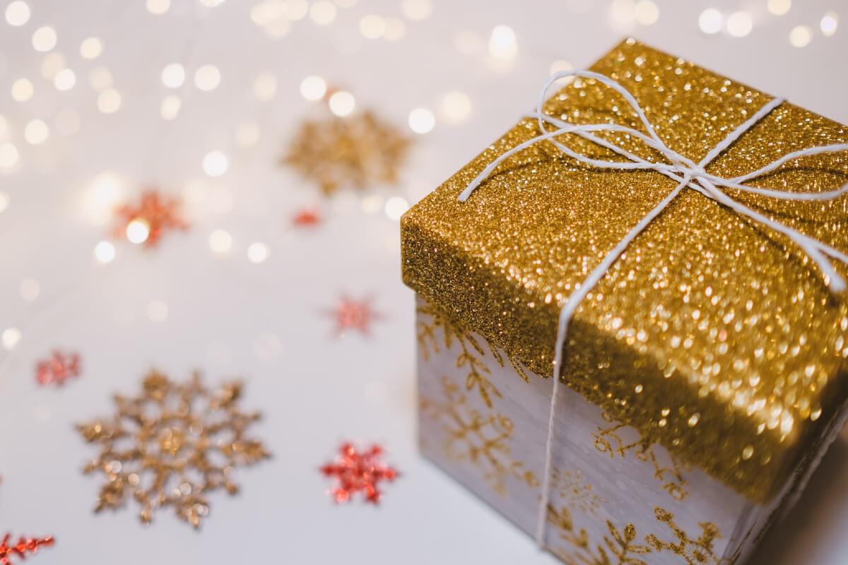 Prezent dla mamy na święta: co warto kupić