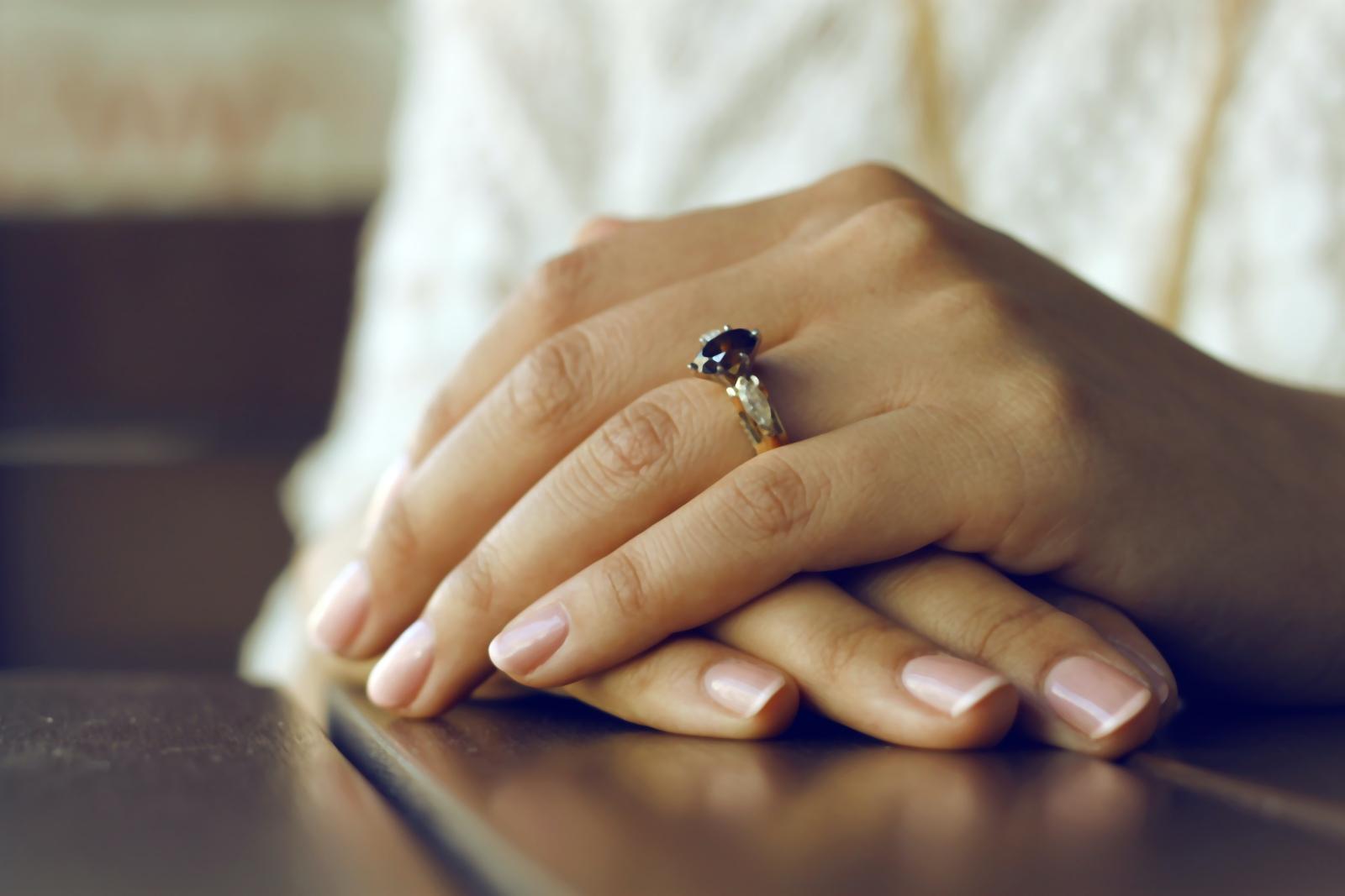 Co na wzmocnienie paznokci?
