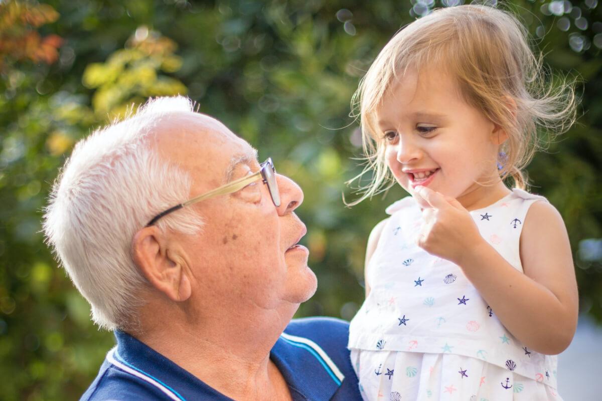 Życzenia na Dzień Dziadka: najładniejsze propozycje