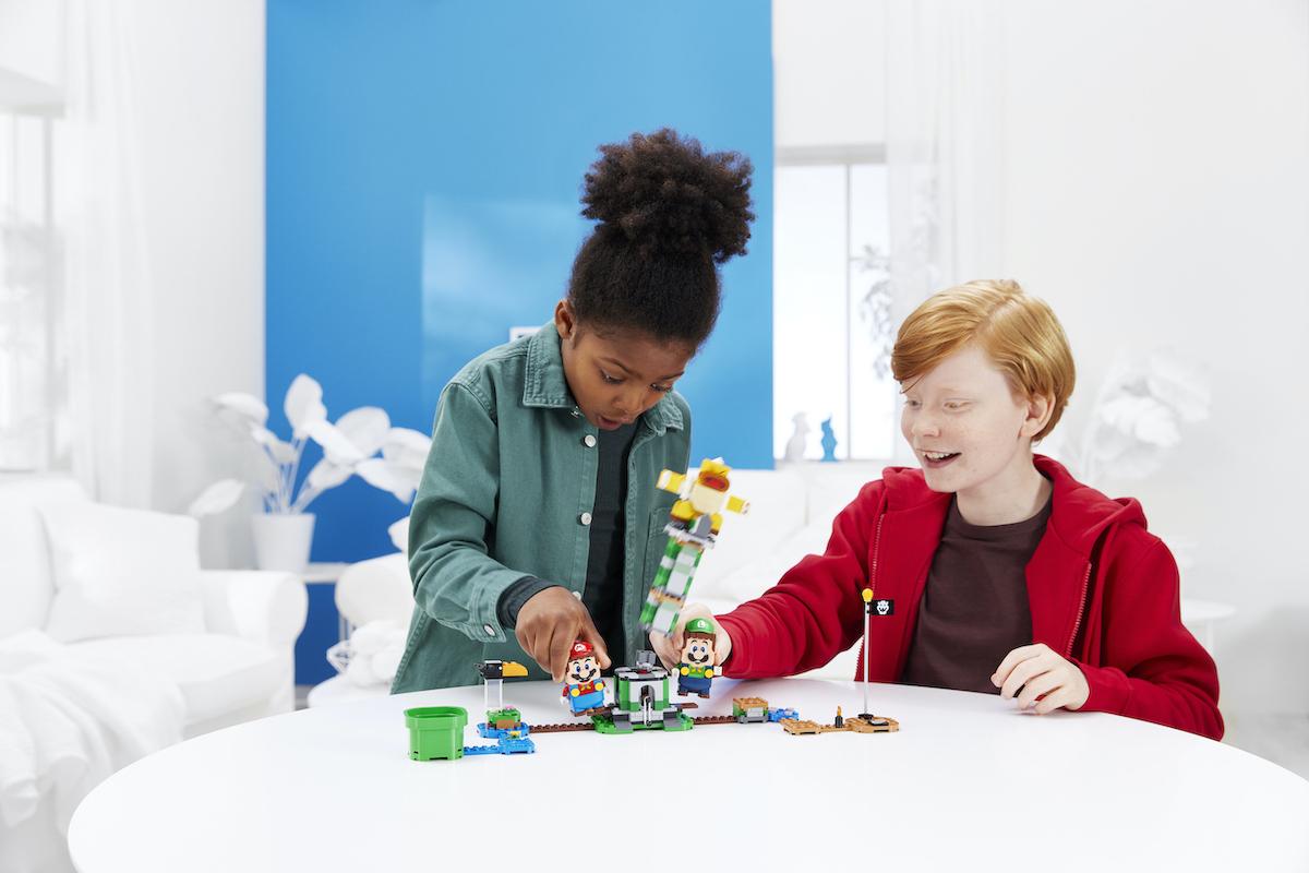 Wspólna zabawa w świecie LEGO® Super Mario™